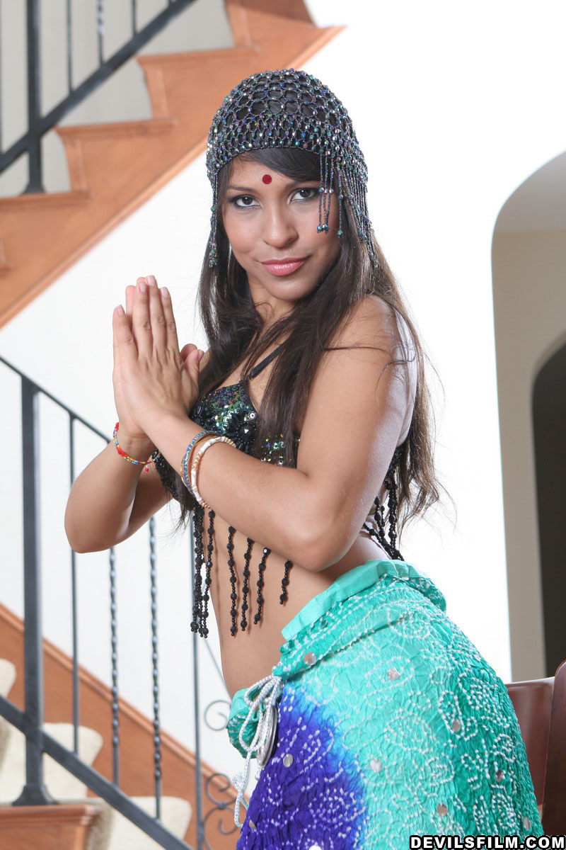 Get laurie vargas xxx for free
