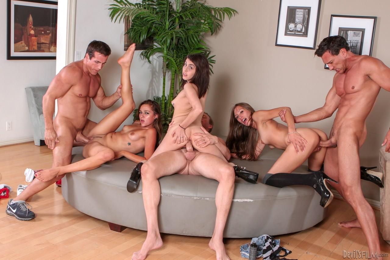 Руское групповое порно, Русский групповой секс: смотреть порно видео онлайн 28 фотография