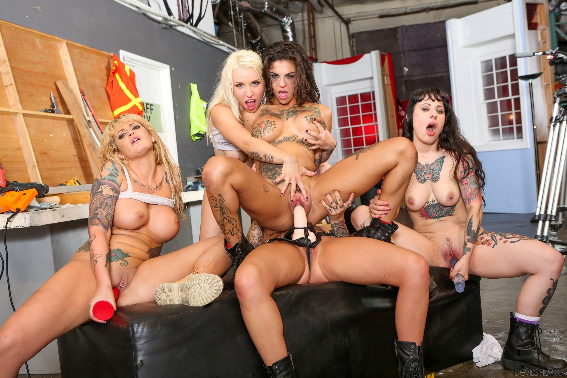 Dani Daniels Lesbian Orgy