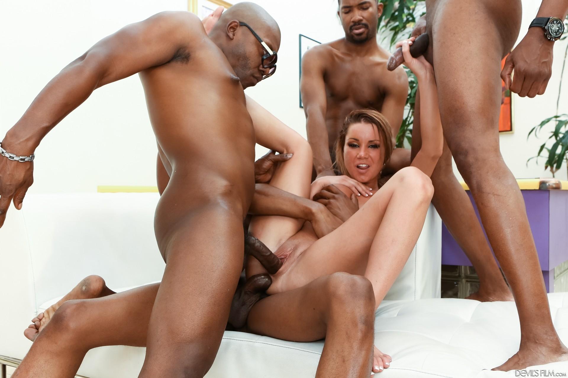 Tanner Mays Interracial Porn Pics