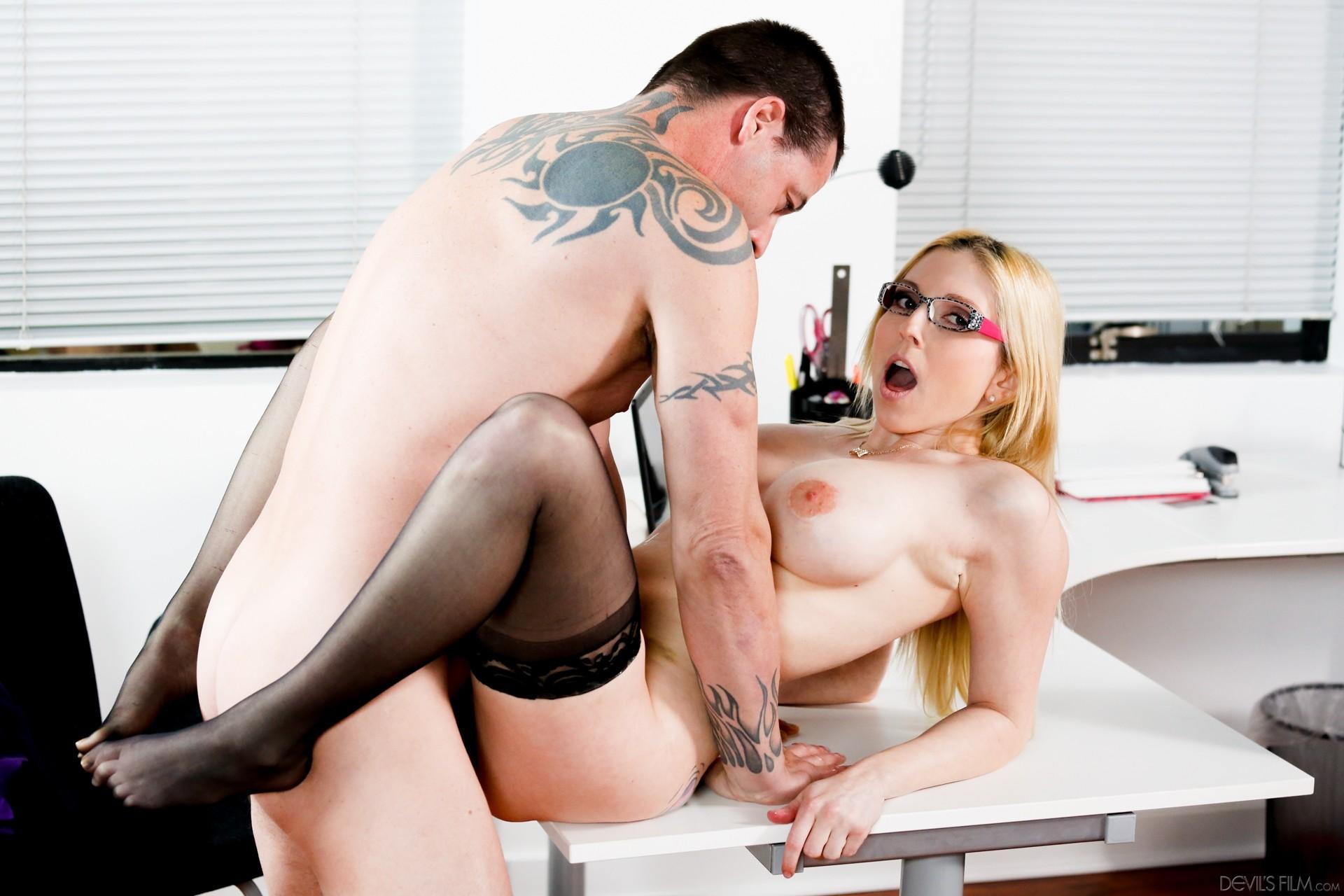 Models With Big Tits Want Sex