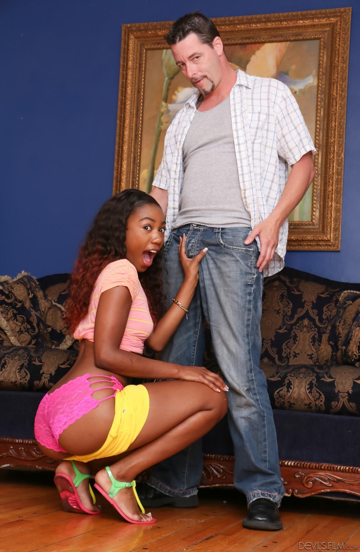 White Dick Ebony Creampie