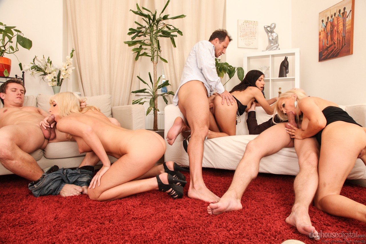 Naughty bachelor party turns into wild swingers orgy