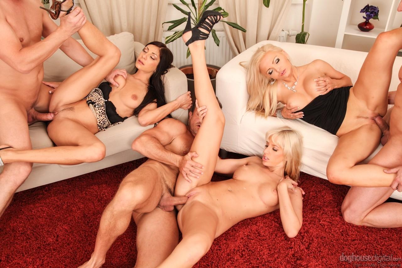 Секс фотки групповух, Порно фото групповой секс Групповуха 15 фотография