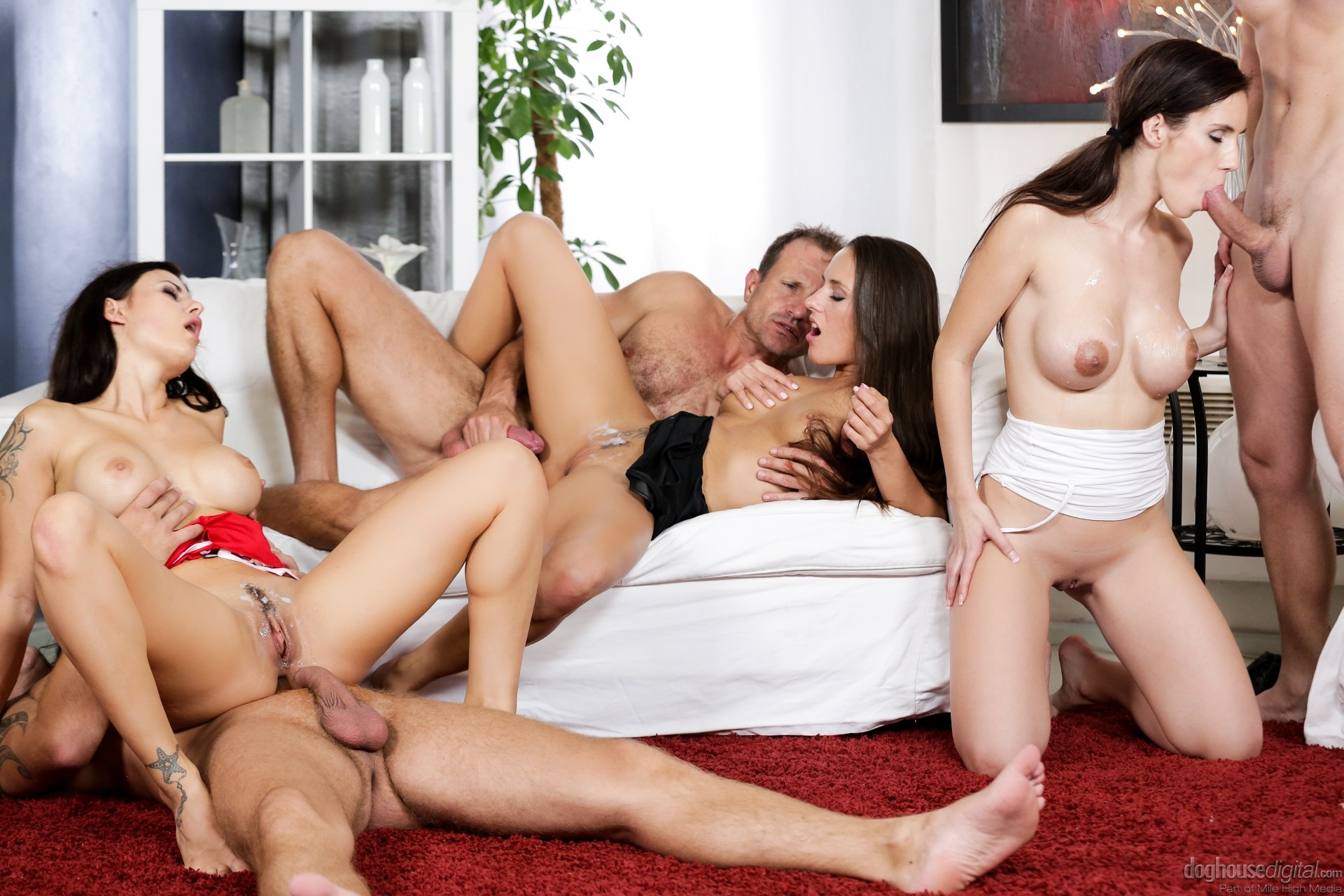 foursome-orgy-swinger-sex-free-sexy-girls-naked-and-feet