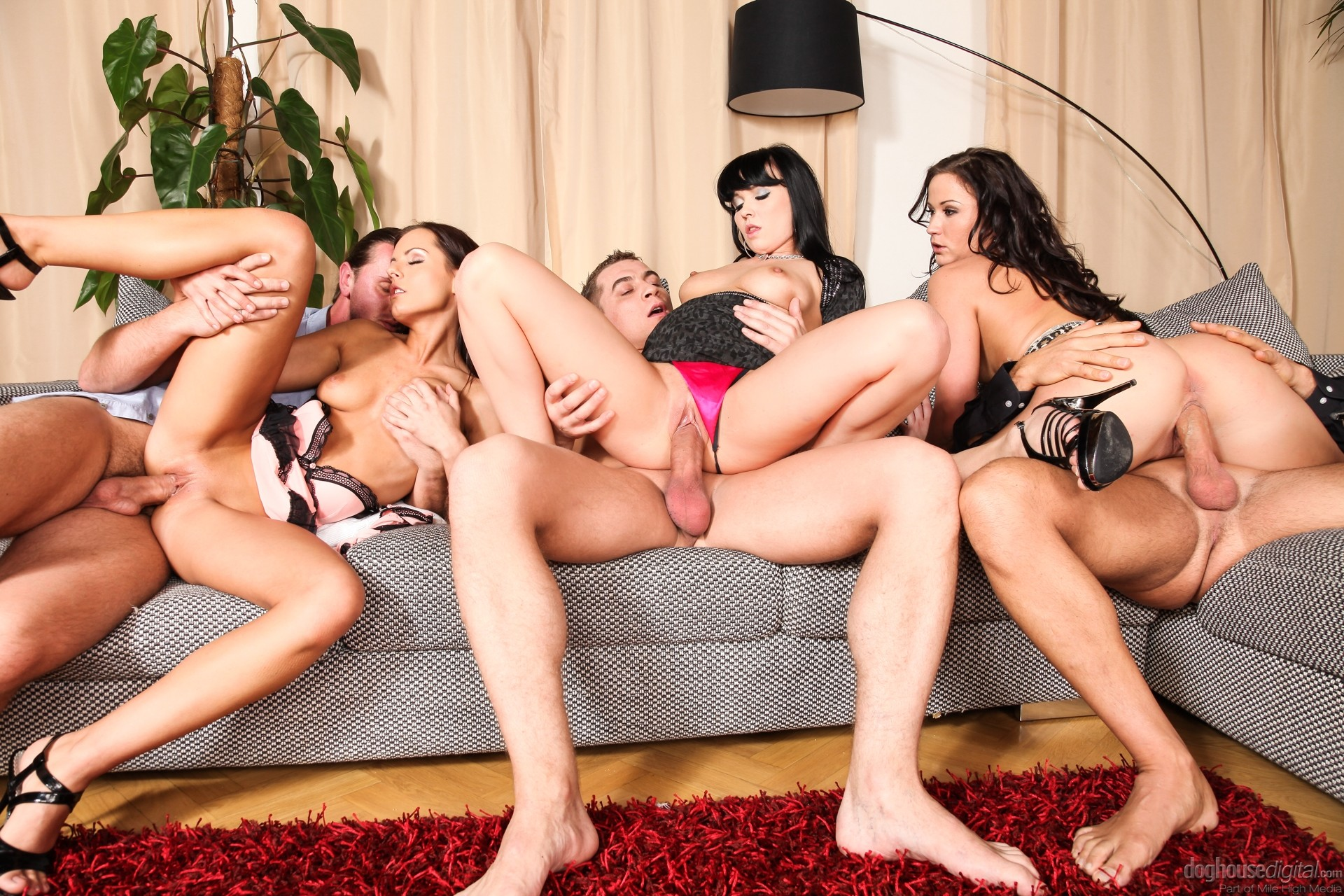 Wild orgy video — photo 8