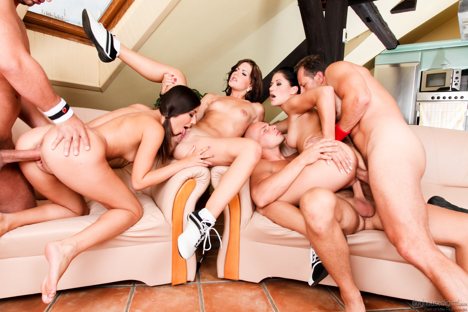 Hot babes gets hardcore orgy fuck by some guys after the beach