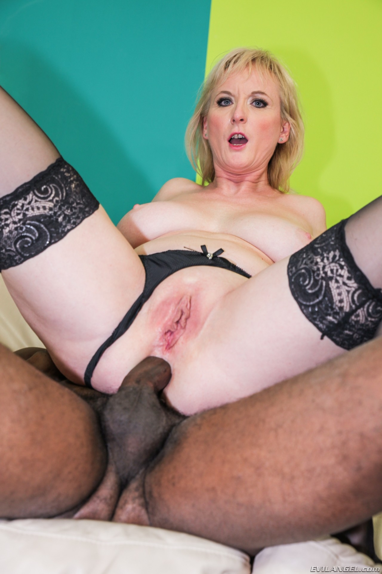 Movie and anal cougars pornstars casting pussy