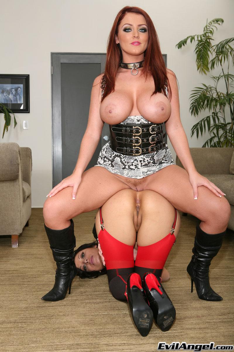 image Humiliating session at deviant domain