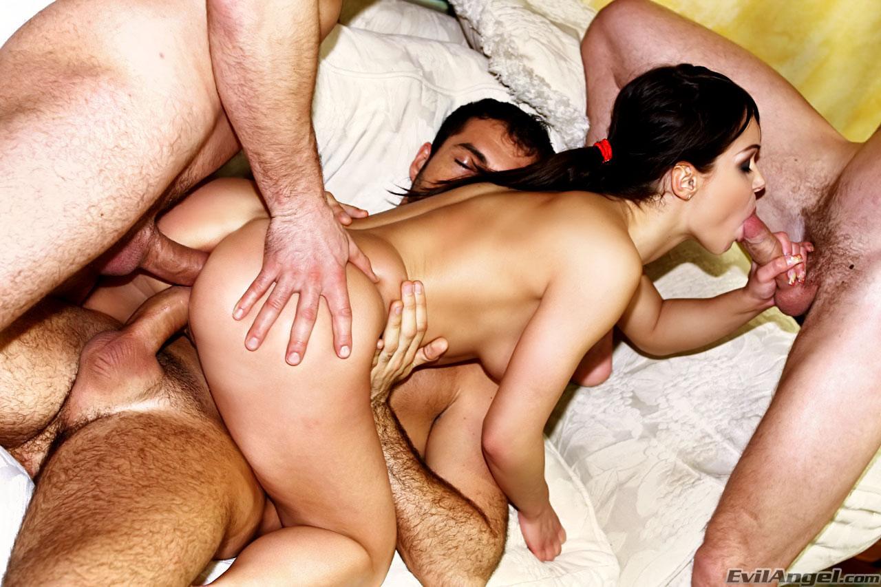 Секс по принуждению жесткое