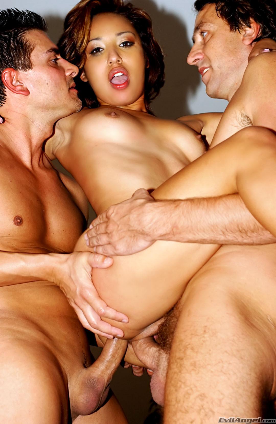 Teen Anal Squirt Threesome