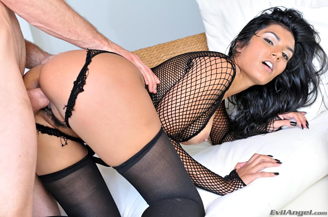 Shazia sahari porno