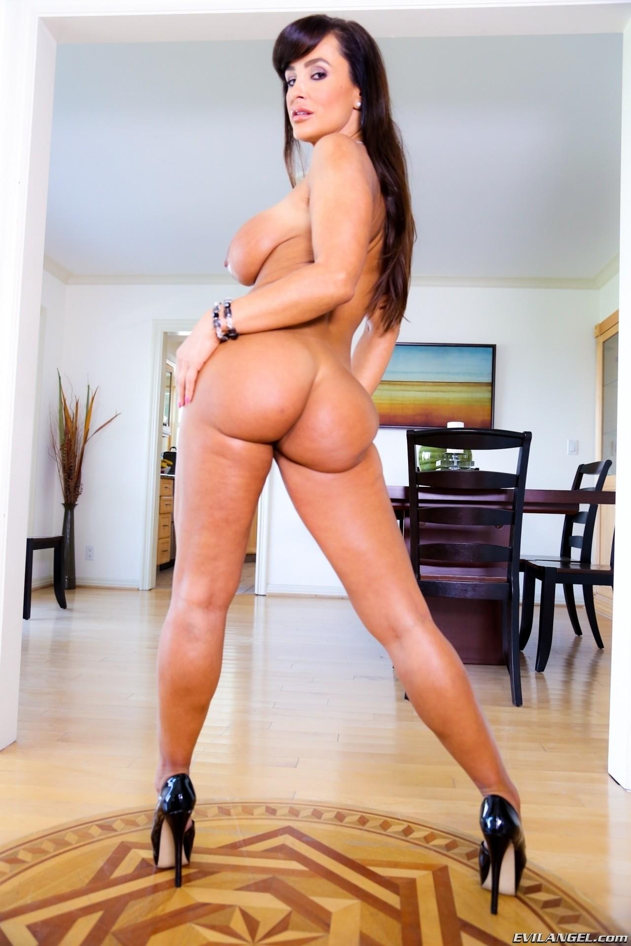 Lisa Ann - Lesbian Anal Pov 02 74062-9550