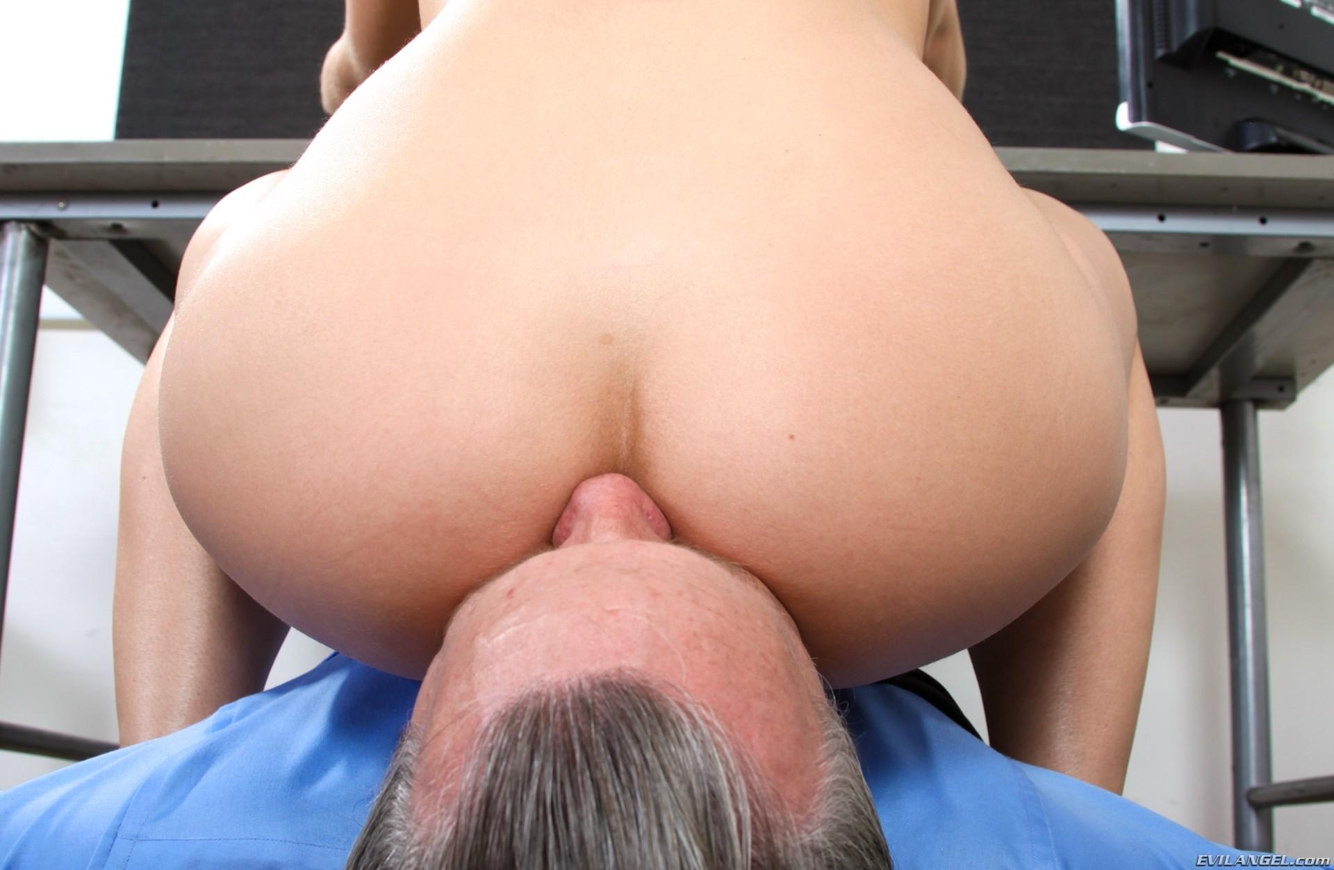 Tara lynn foxx takes huge black dick 10