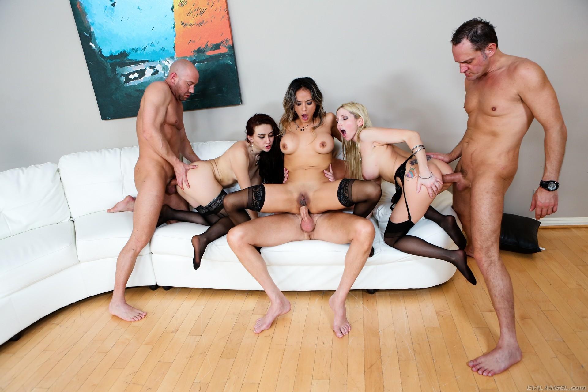 porno-gruppa-na-rabote