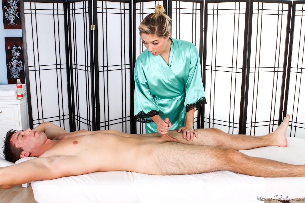 handjob-massage-parlor-movies-spread-moms-photo
