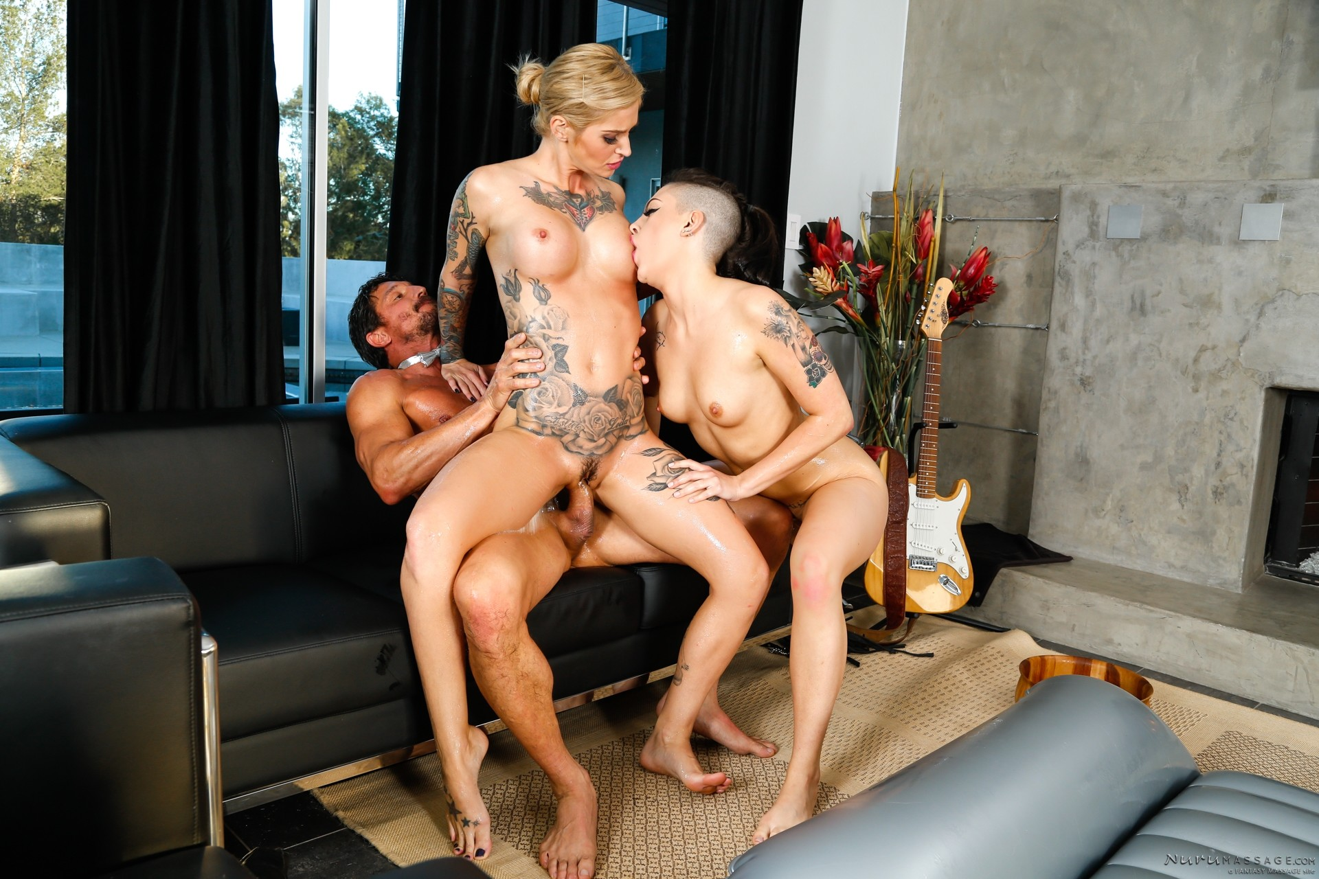 Threesome sex with kleio and draven joanna039s angels 3 4