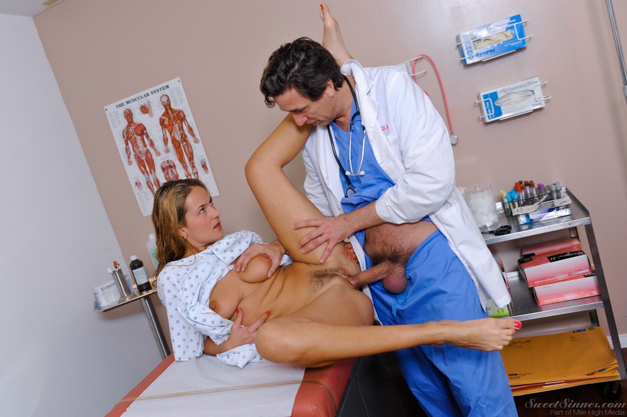 Doctor fucks patient hard