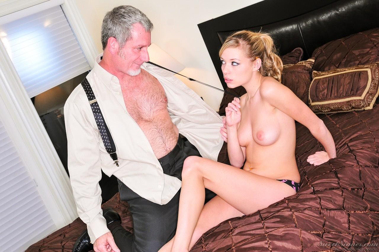 Смотреть порно отчим трахает падчерицу, Отчим и падчерица - порно видео в HD качестве 18 фотография