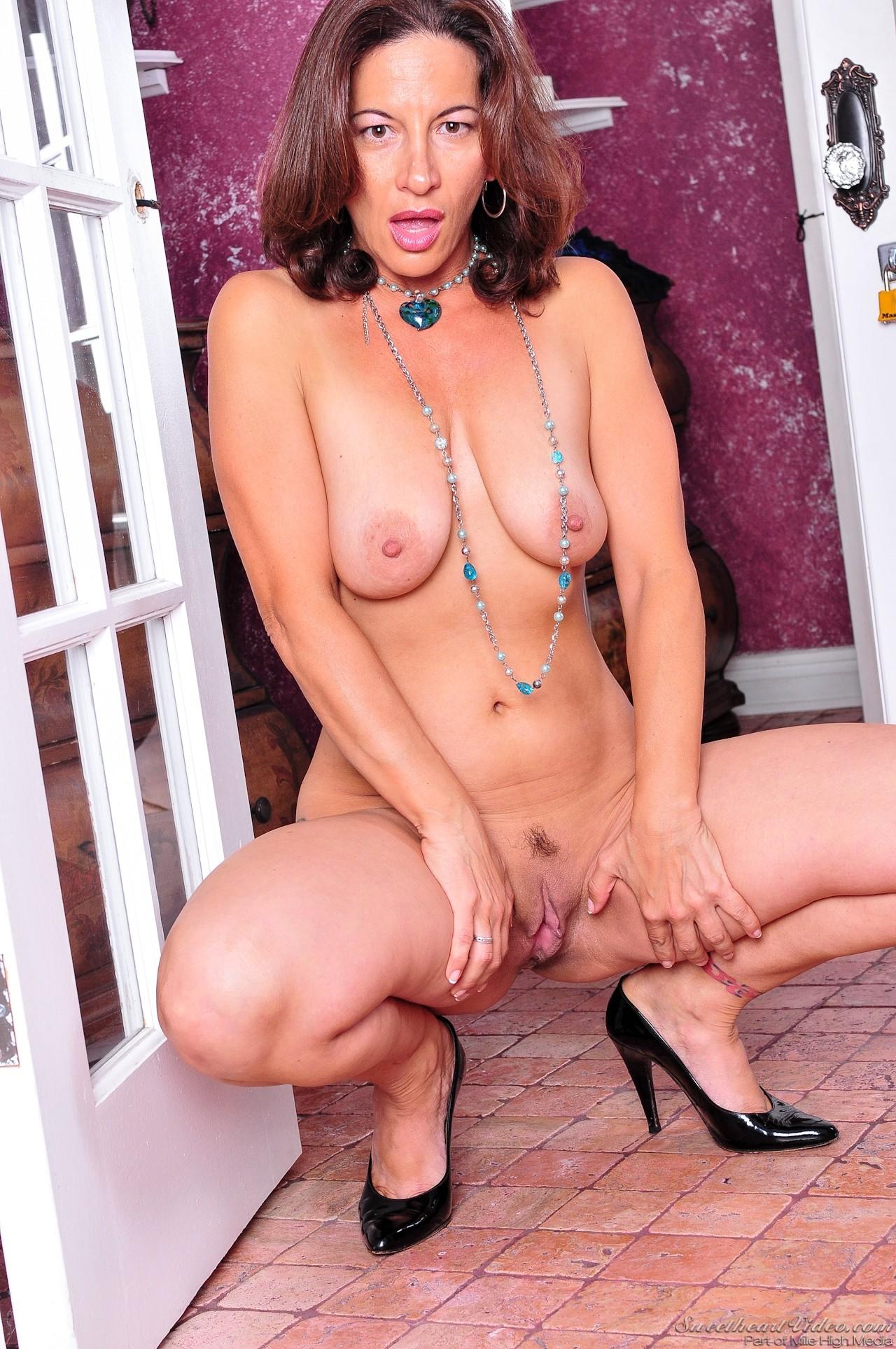 Melissa Monet, Elexis Monroe - Lesbian Babysitters 77358-7751