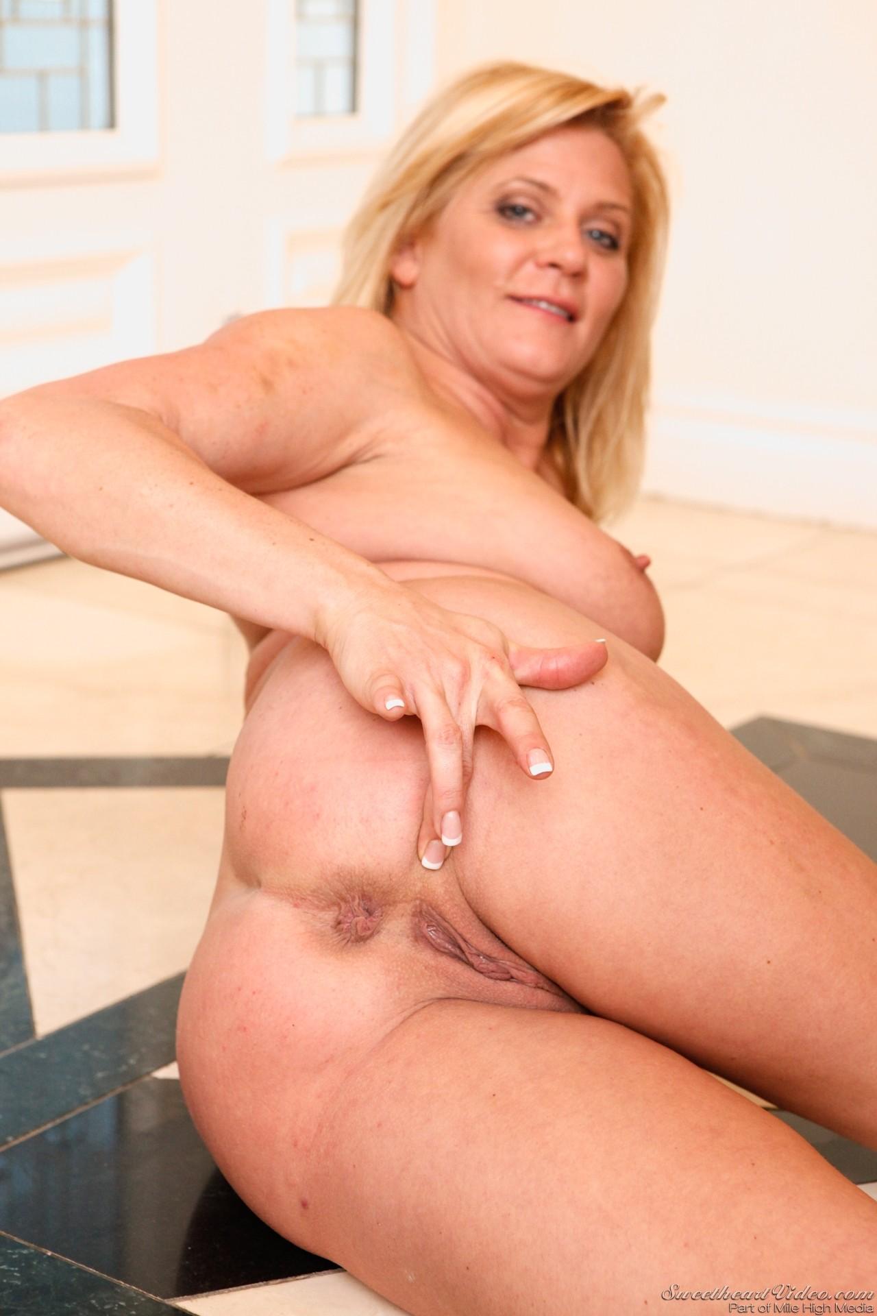 Anus mature ginger lynn sex porn