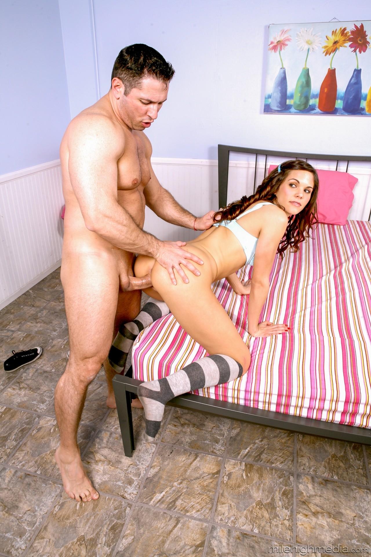 Teen pornstar elizabeth ann pics — pic 10