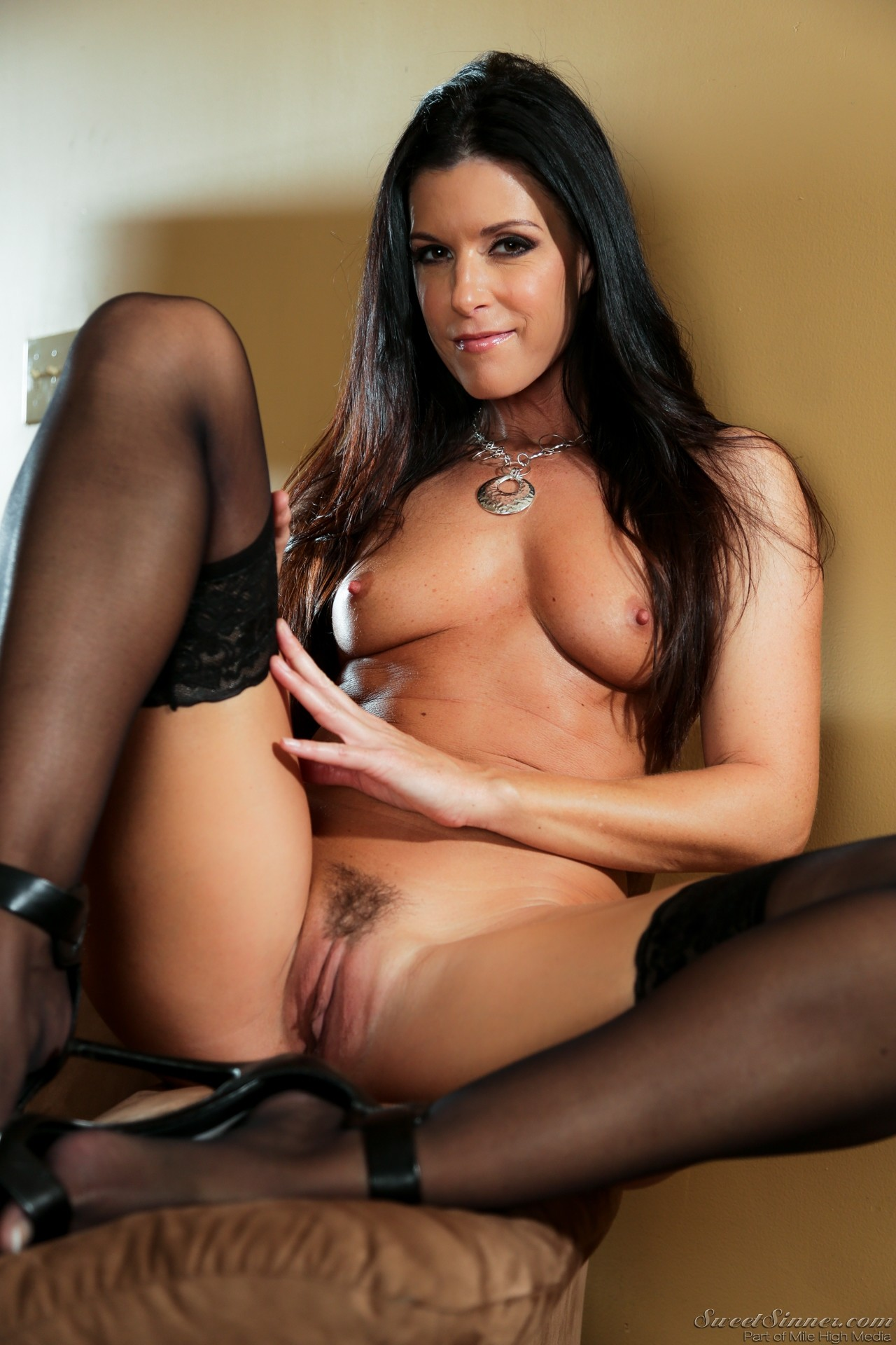 India Summer - Forbidden Affairs 04 - My Sons Girlfriend -6715