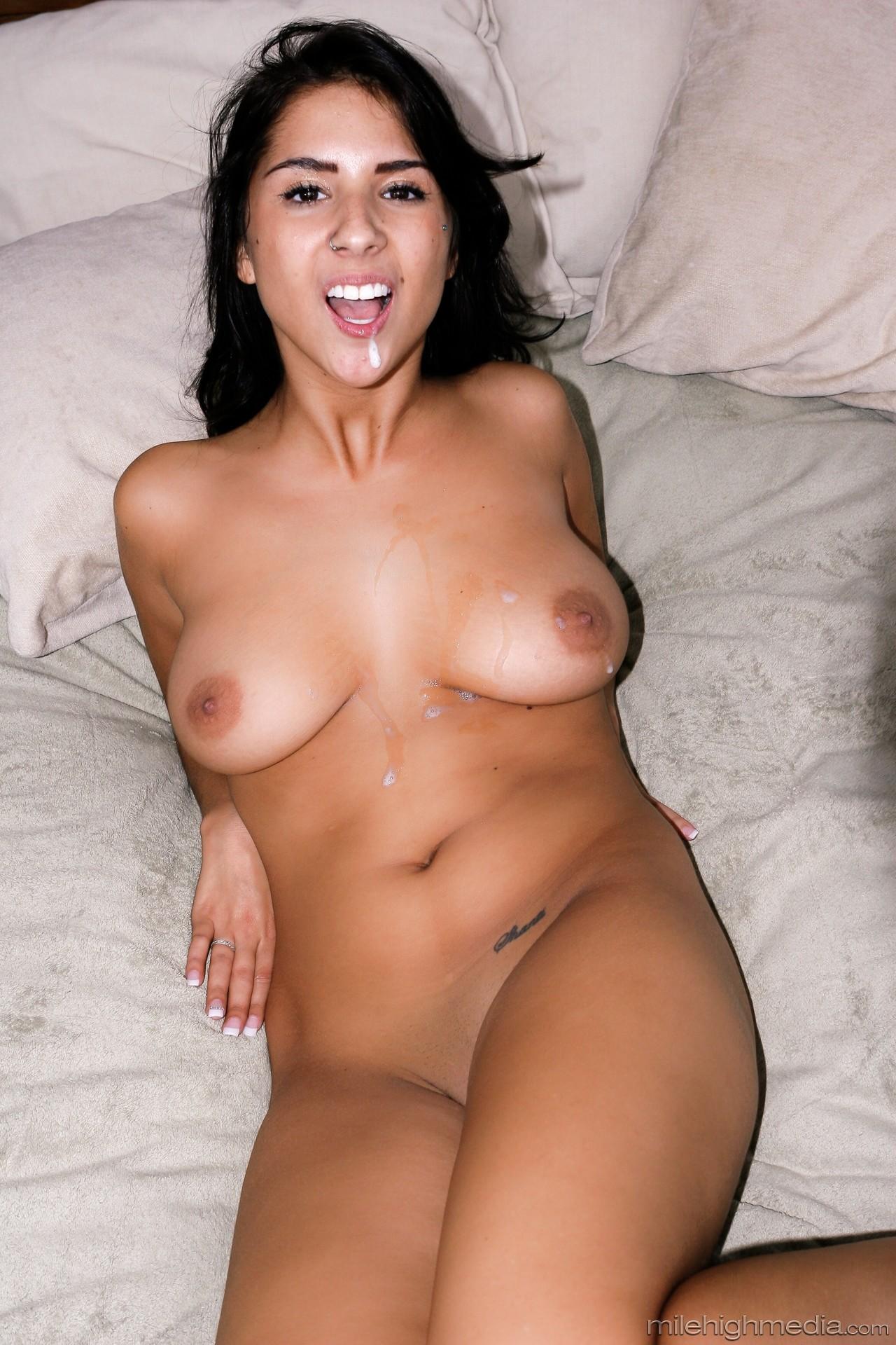 Evi Fox - All Natural Tits 03 79137-5927