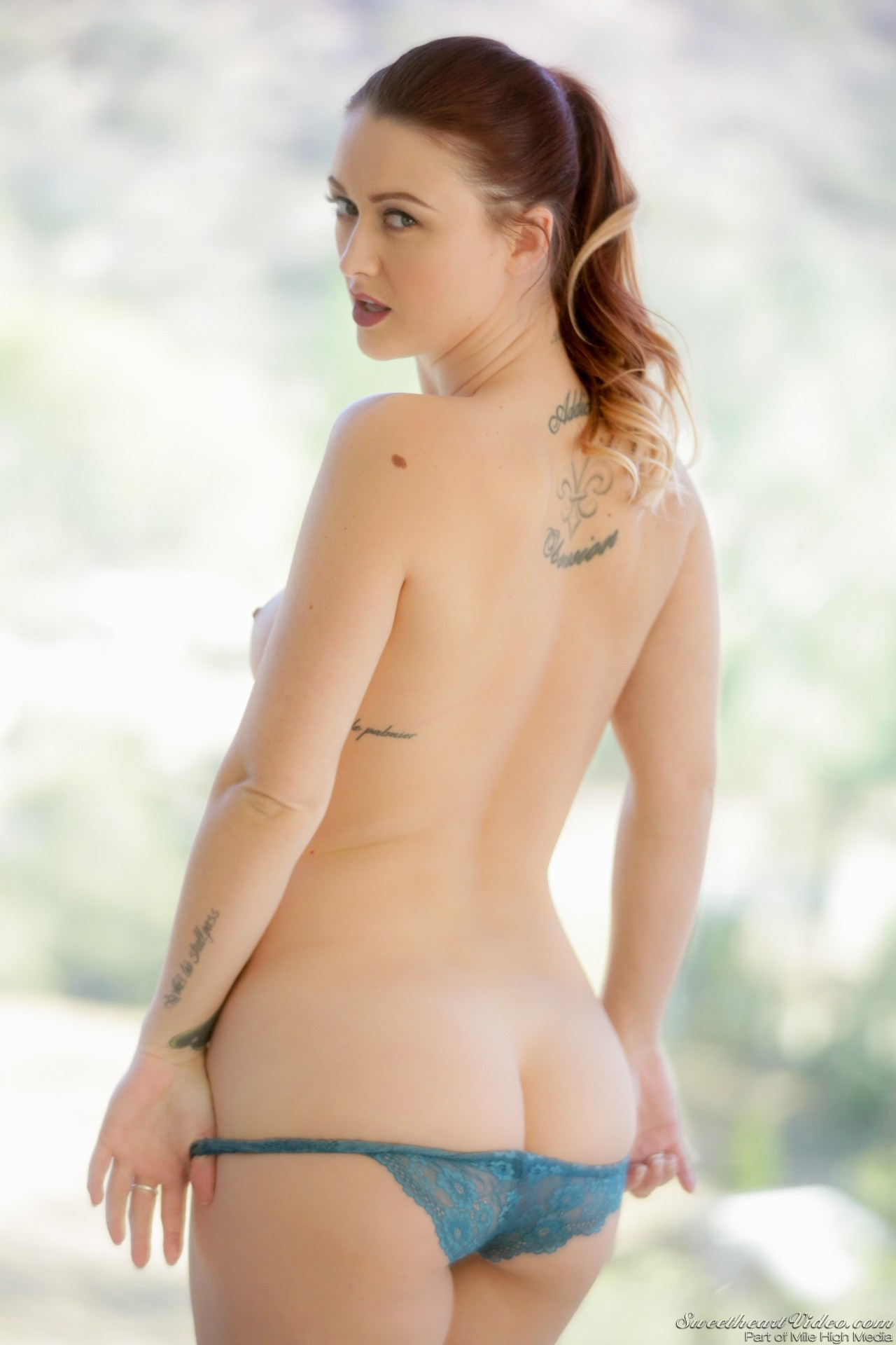 Karlie Montana, Sandy - Girly European oil massage 79153