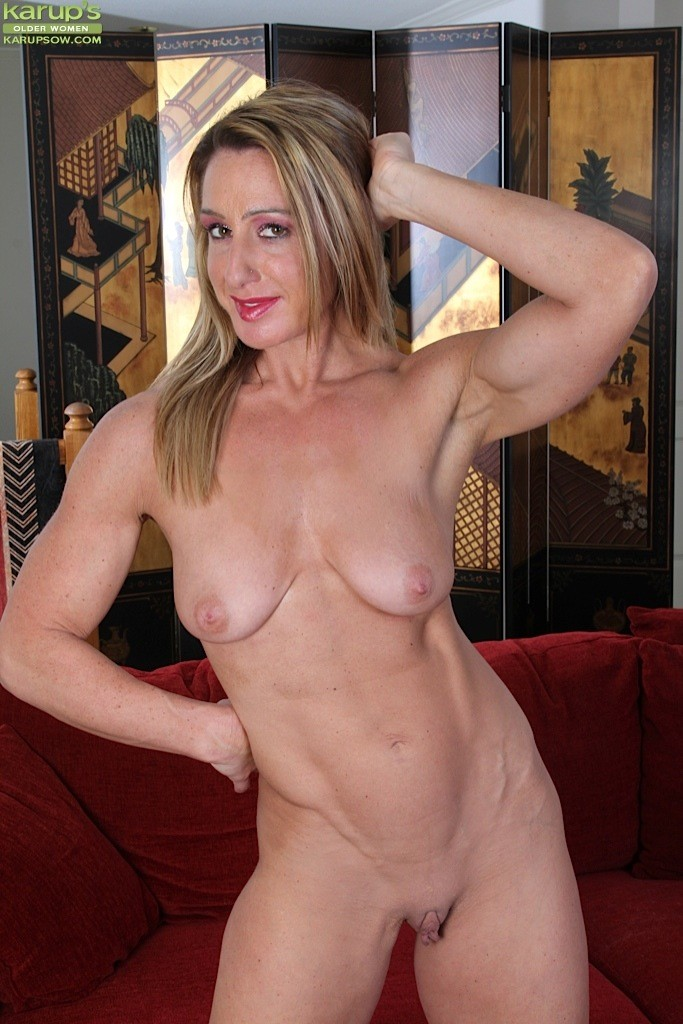 Mature women hardbody