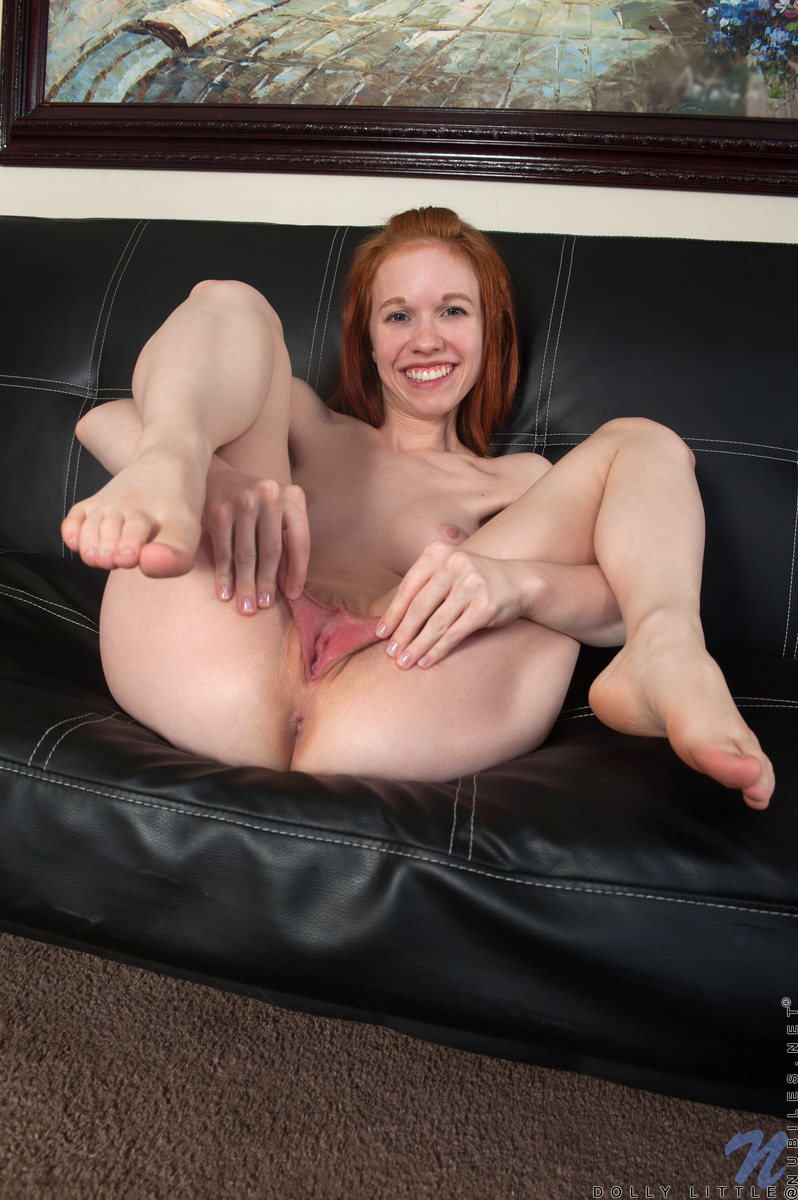 little april pussy spreading