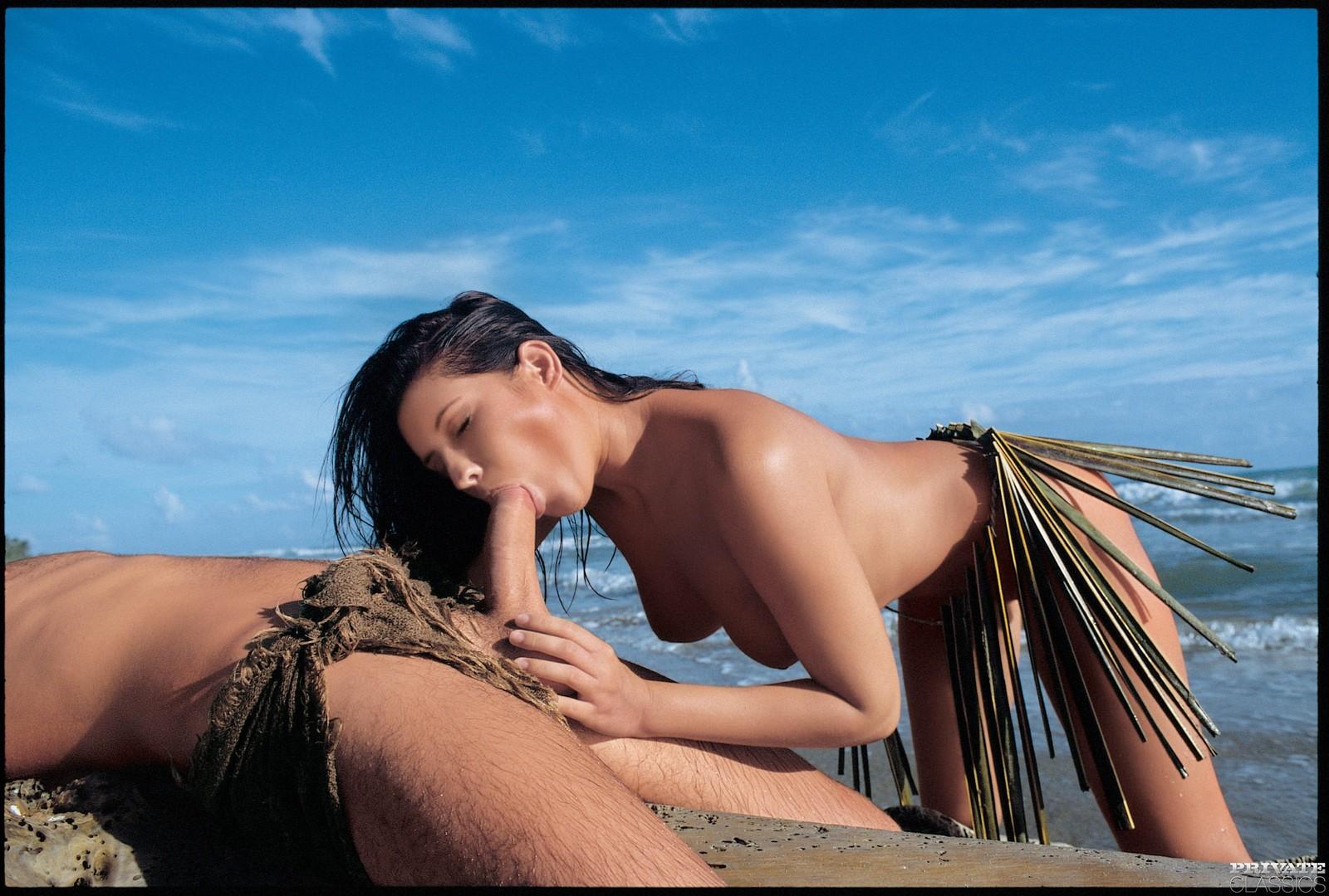 Эро фильм девушки на острове смотреть рабстве дрочит