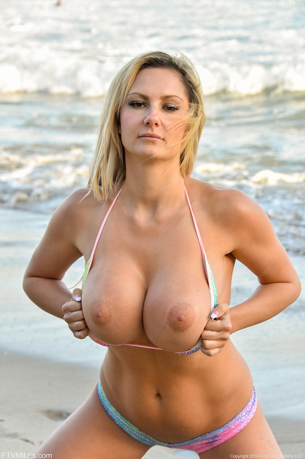 Hot topless mom, american nude fucked girls sex photosh