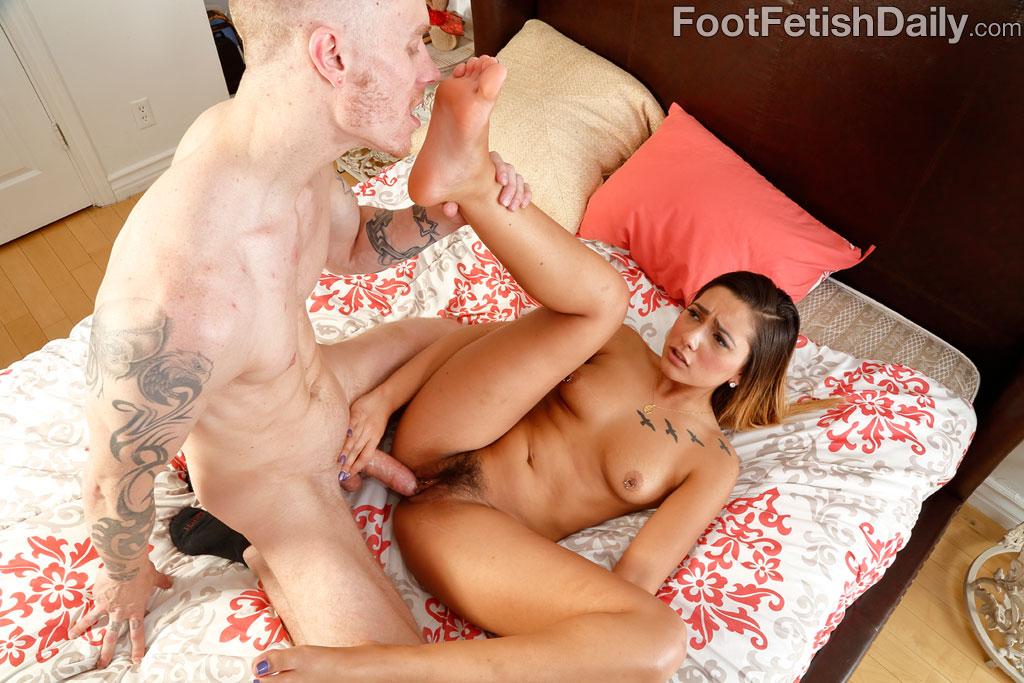 Jaye Summers Feet