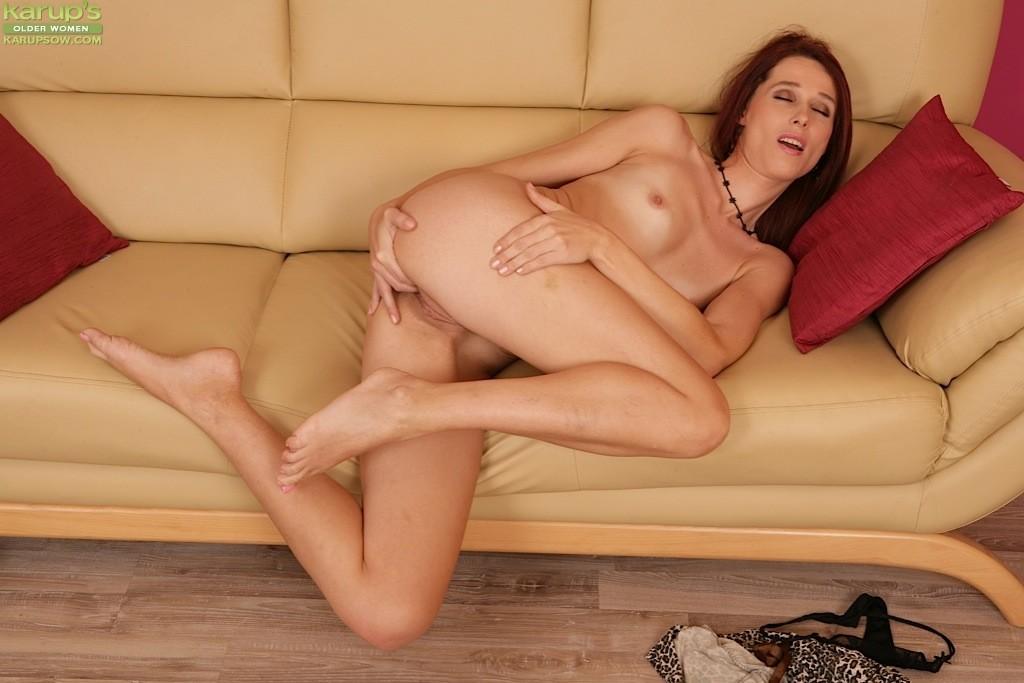 Long Legged Amateur Rebecca Red Slips Fingers In Her Naked Dinotube 1