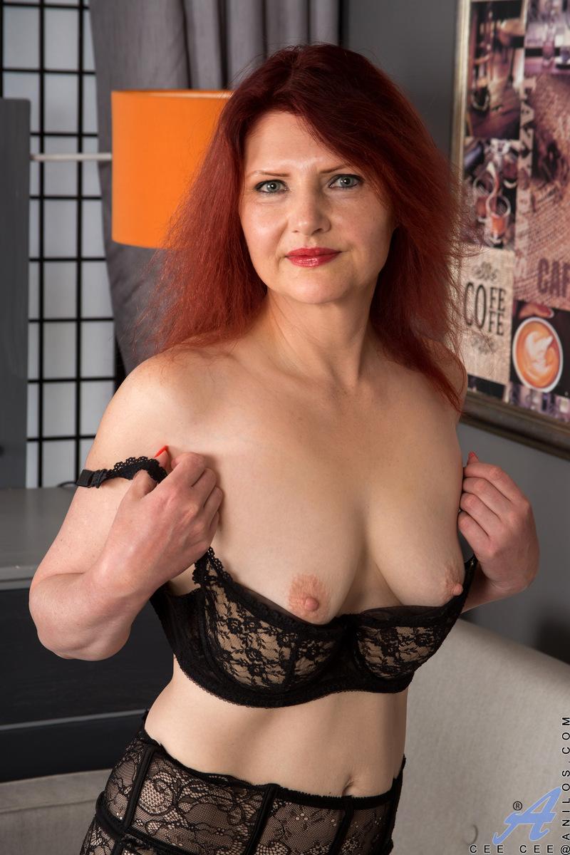 sucking breast sexy girl