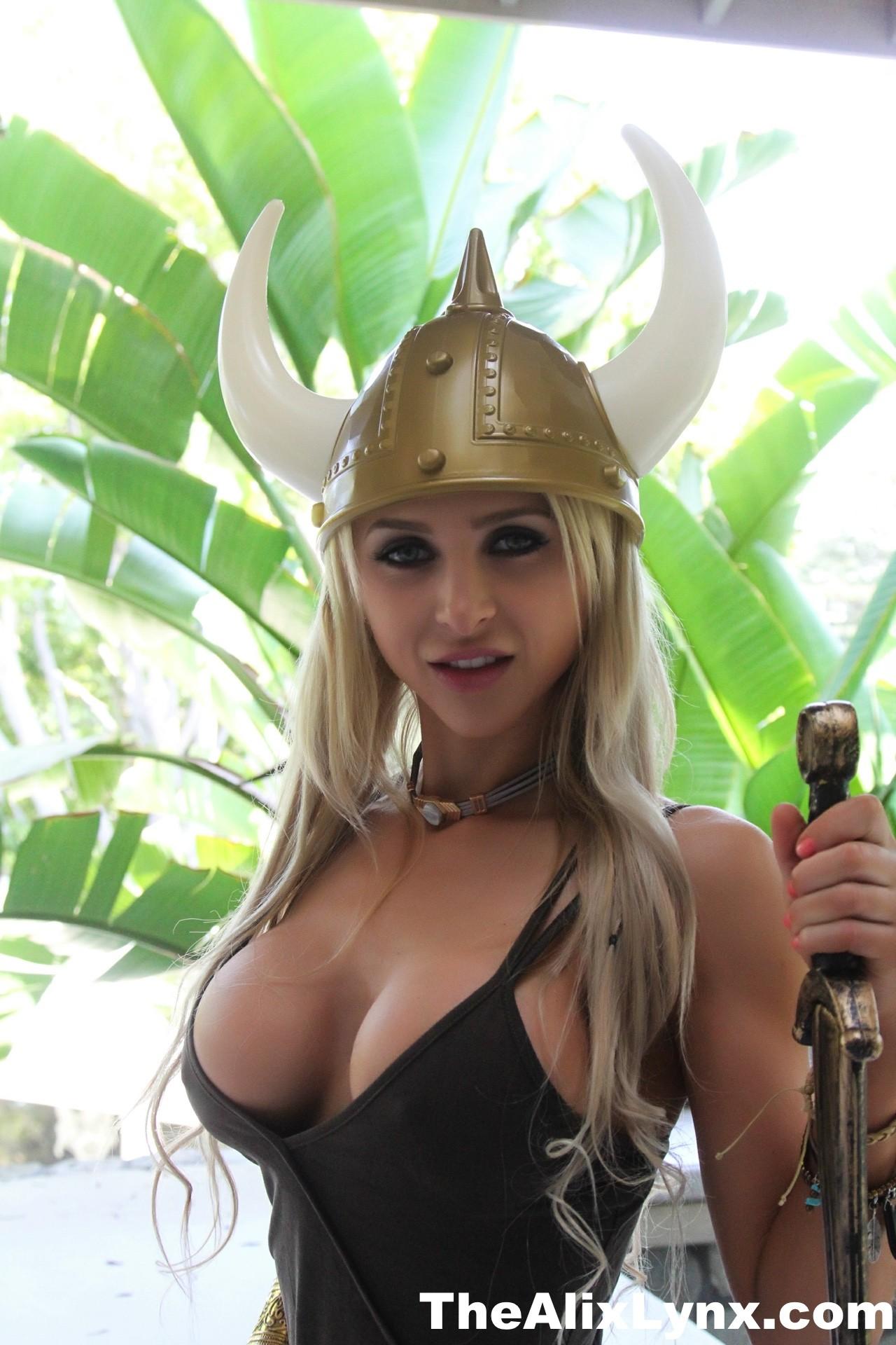 Alix The Sexy Viking - Alix Lynx 88548-9046