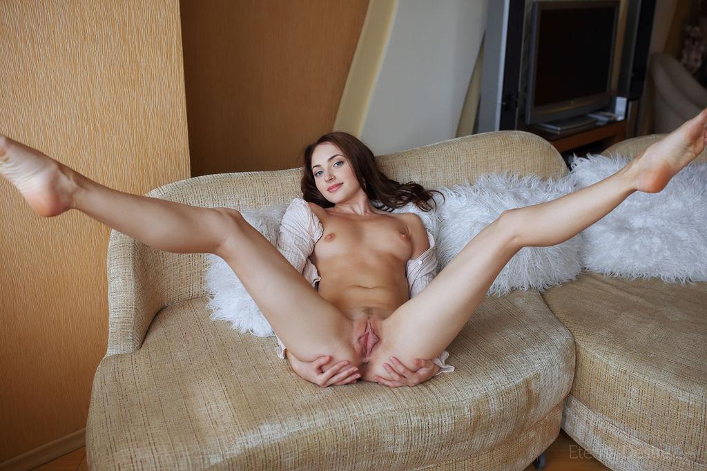 порно фото голых раздвинув ноги
