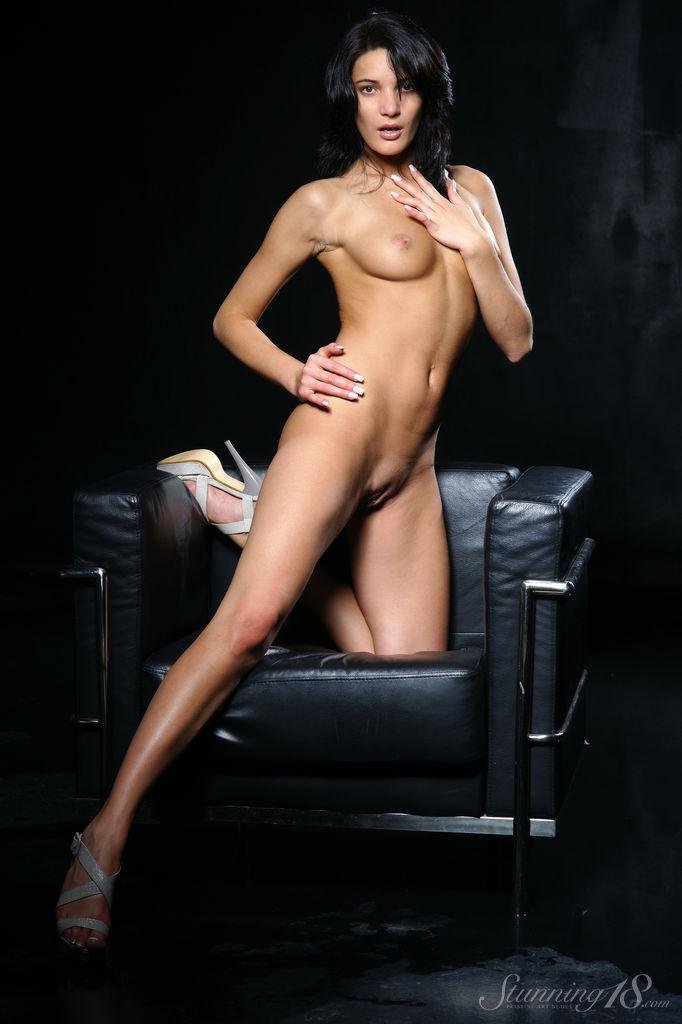 Olivia munn totally nude 14