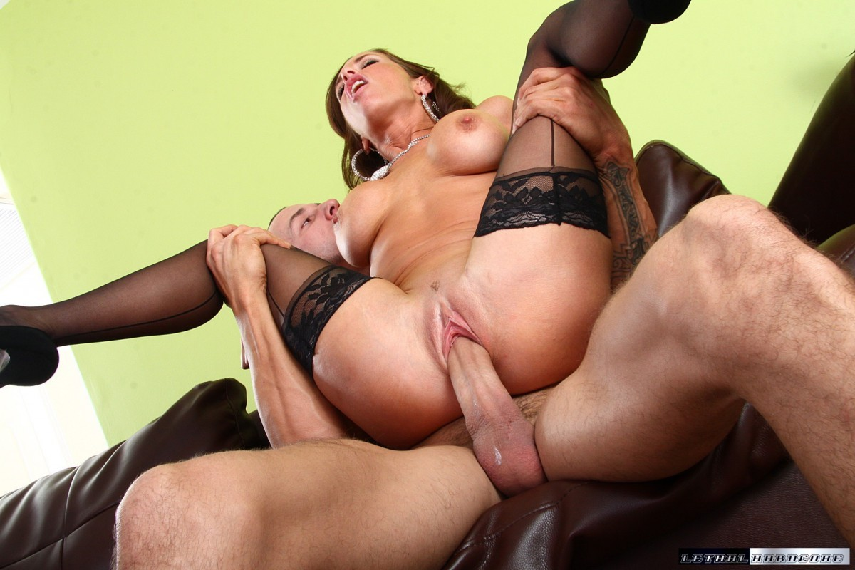 porno-foto-appetitnie-mamochki