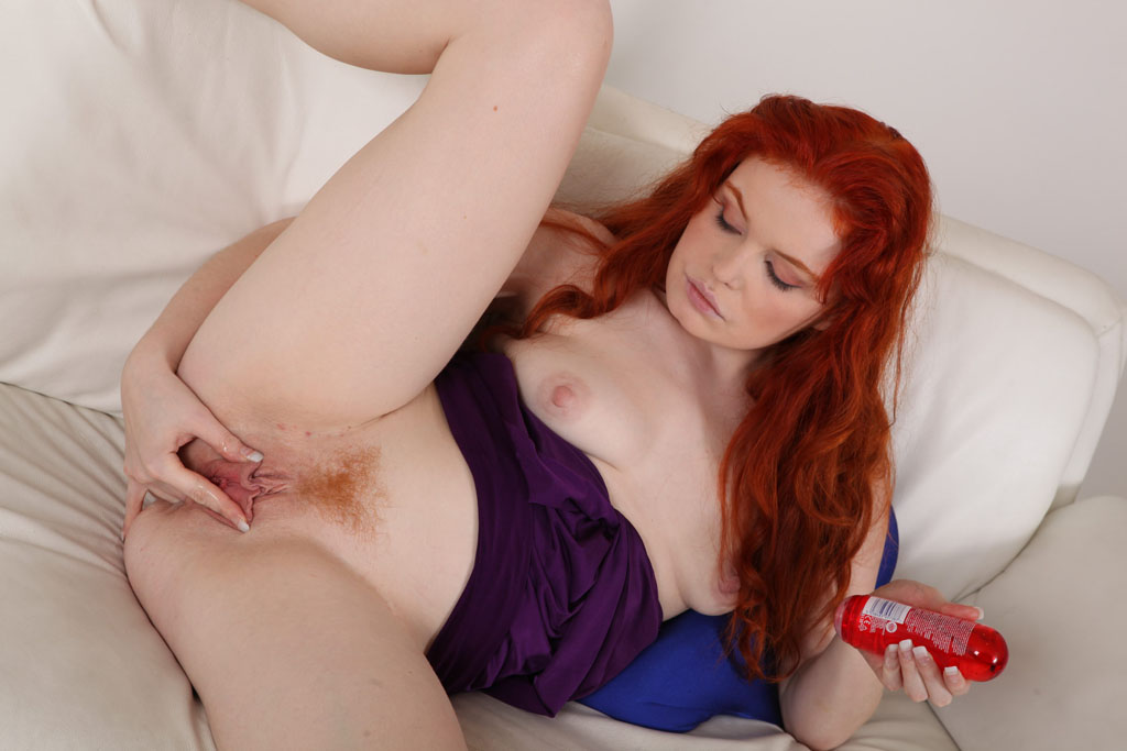 sweet-red-head-xxx