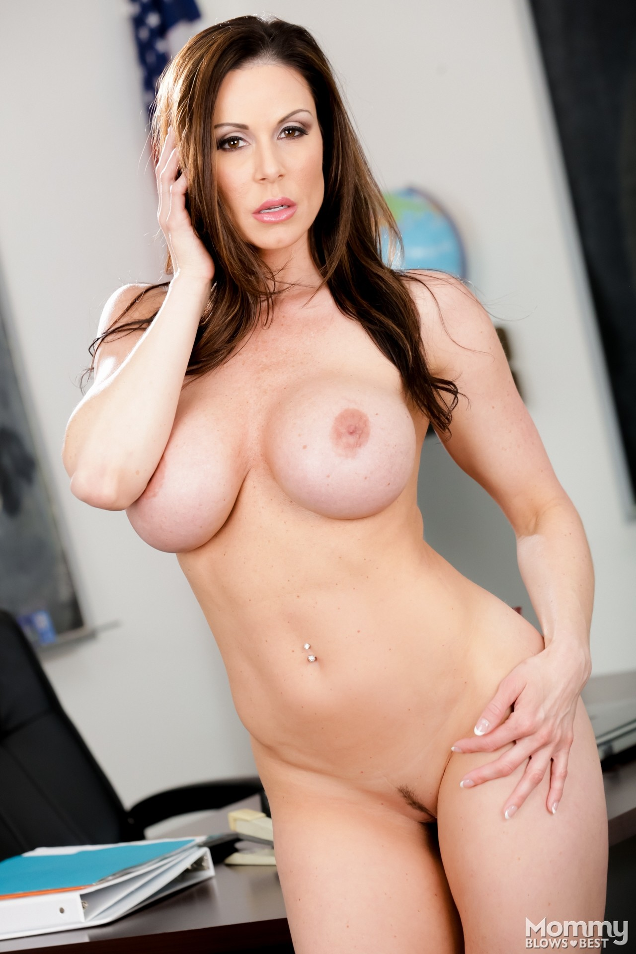 Kendra lust mommy