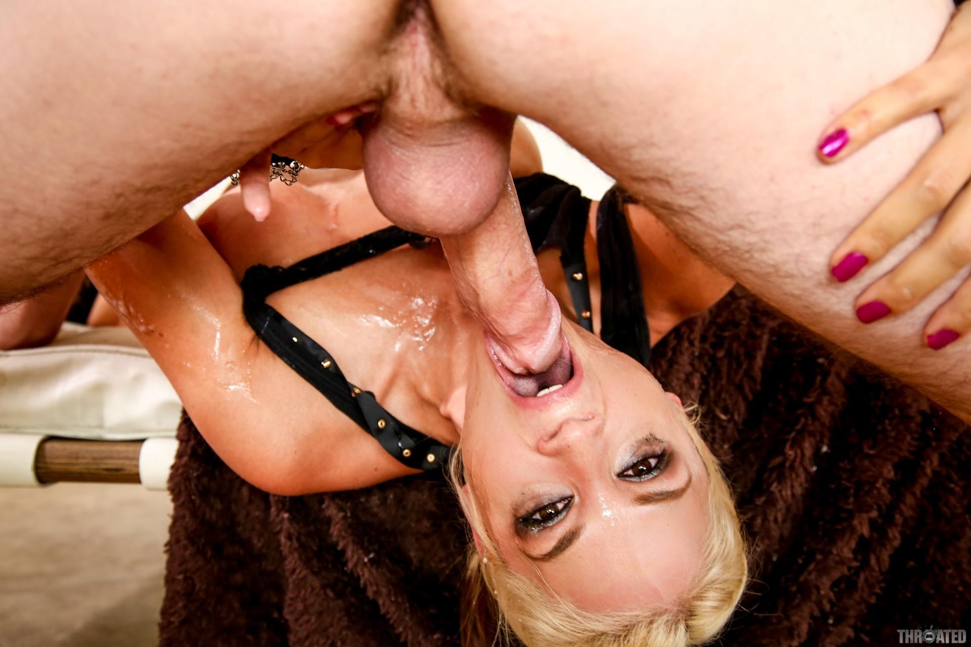 lesbian-sarah-vandella-deepthroat-big-cock-nudes-abs