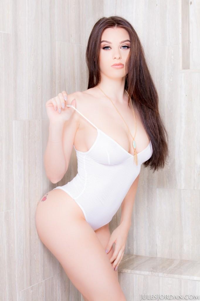 Lana rhoades 19