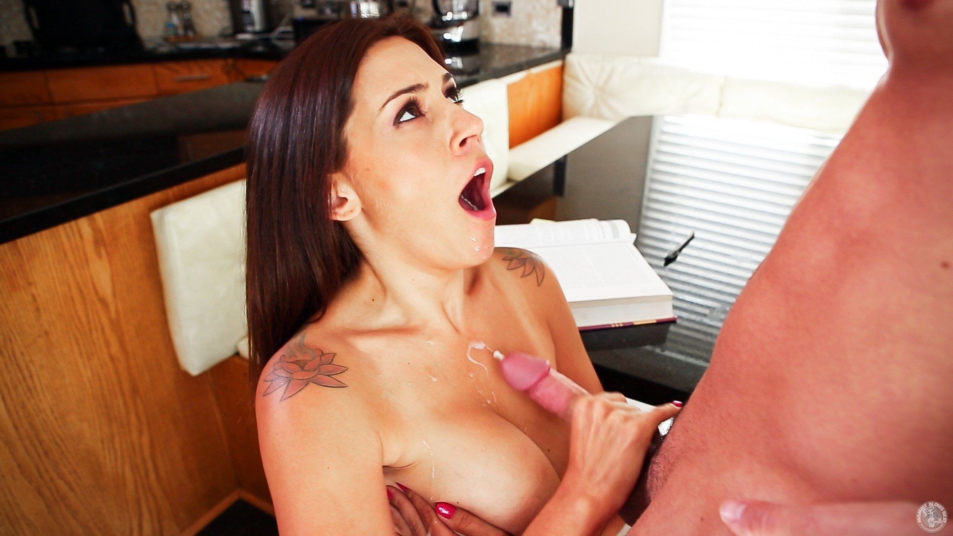 Mommy blows best raylene