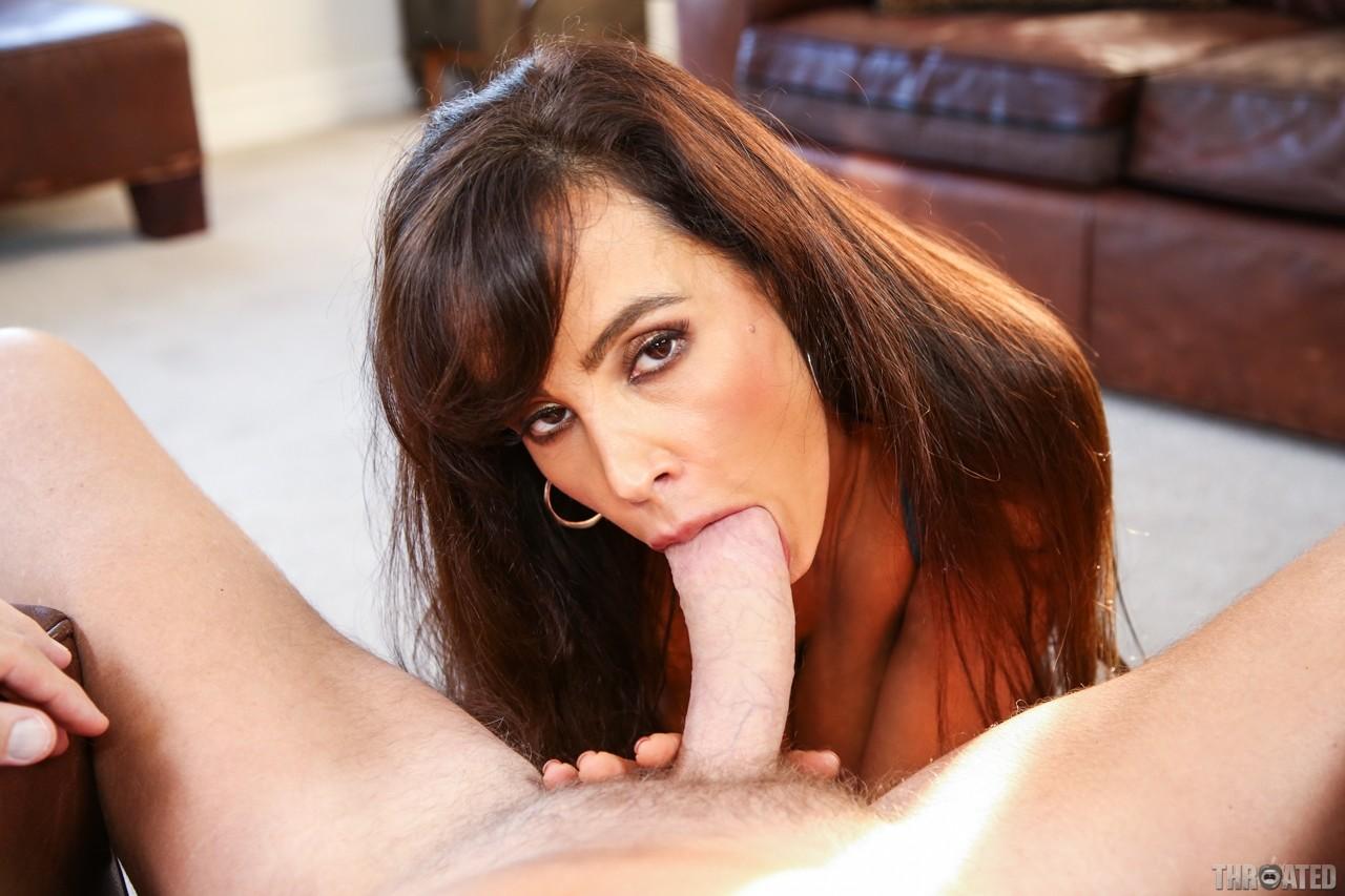 lisa ann throated