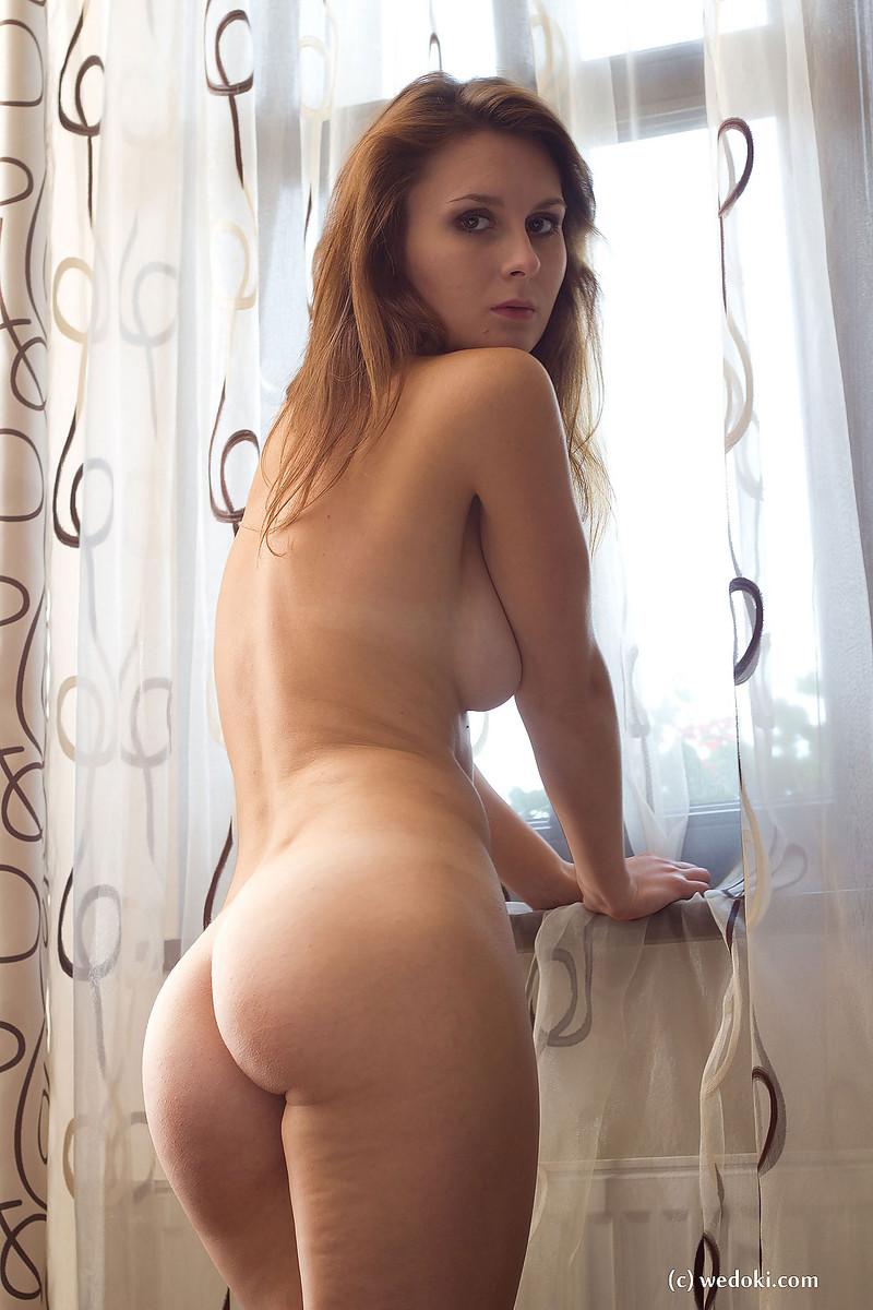 Teri Garr Nude Photos