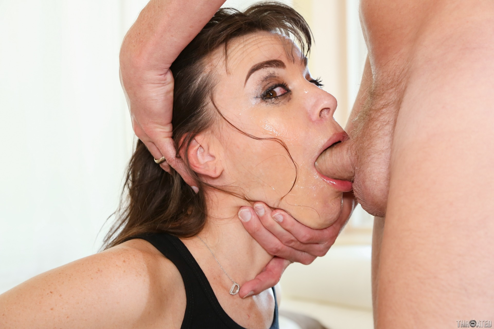 Mature deep throat xxx and mom porn pics