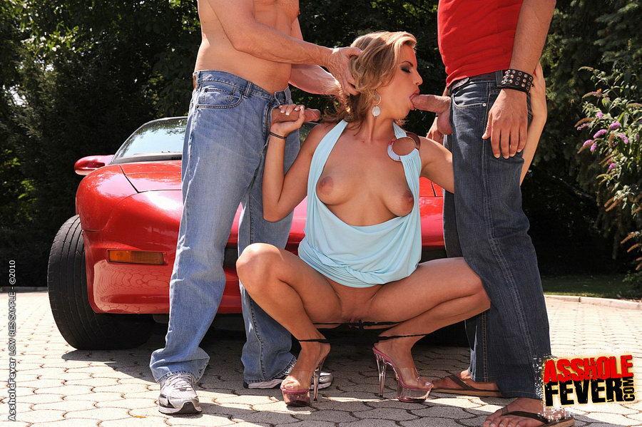 seks-v-zhigulyah-video