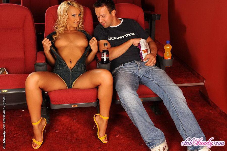картинки секс в кинотеатре